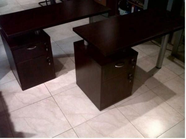 pedicure-manicure-tables-with-drawers
